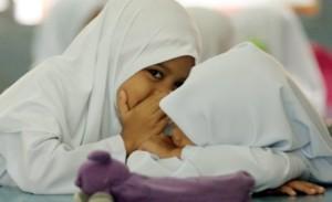 Amanah Mendidik Anak Wanita